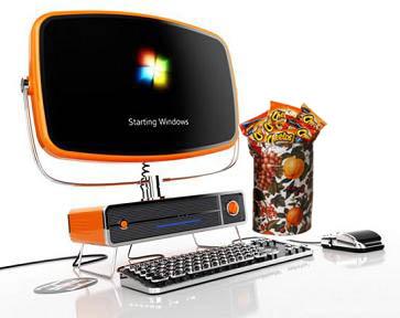 Dejar pasar el tiempo con un teclado y cheetos