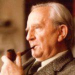 J.R.R. Tolkien, una vida dedicada a la fantasía